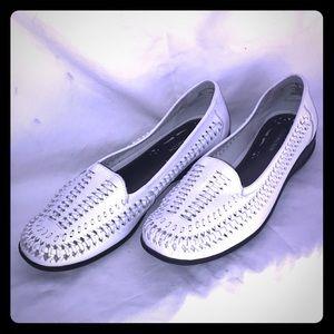 Covington Loafers 👒